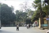 Bán đất đối diện ủy ban Hòa sơn Lương Sơn dân đông MT rộng, đất nở hậu, kinh doanh cực đỉnh giá vài trăm