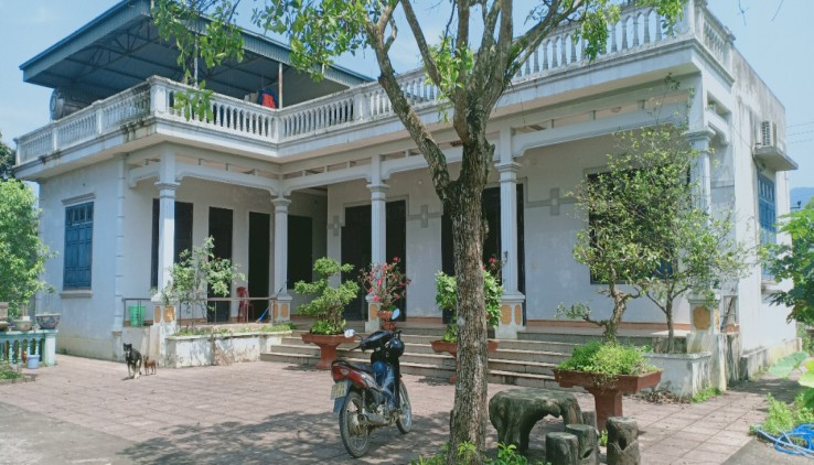 Bán nhà riêng tại thị trấn Lương Sơn sẵn ở vị trí đẹp tiện giao thông giá rẻ