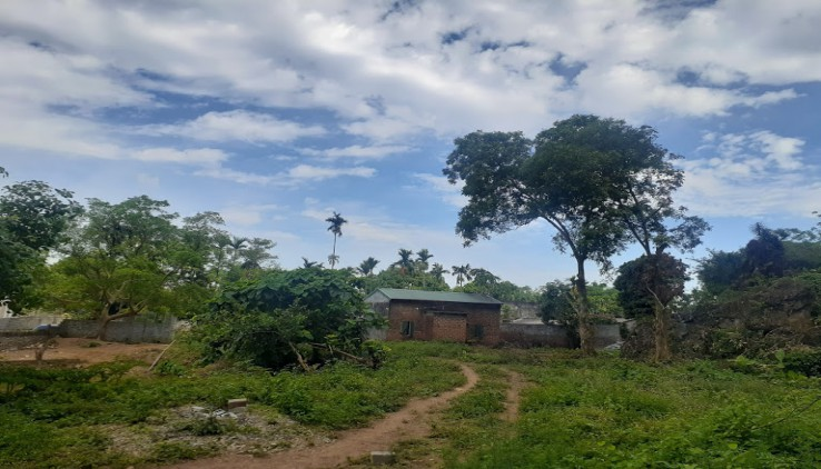 Đất Lương Sơn 2400m2 hang đá ao nước phong thủy hữu tình