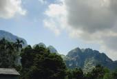 Bán đất tiến sơn lương sơn 2800m2  thế đất cao thoáng,view núi đá, cách đường liên xã 50m,xe 29 chỗ vào
